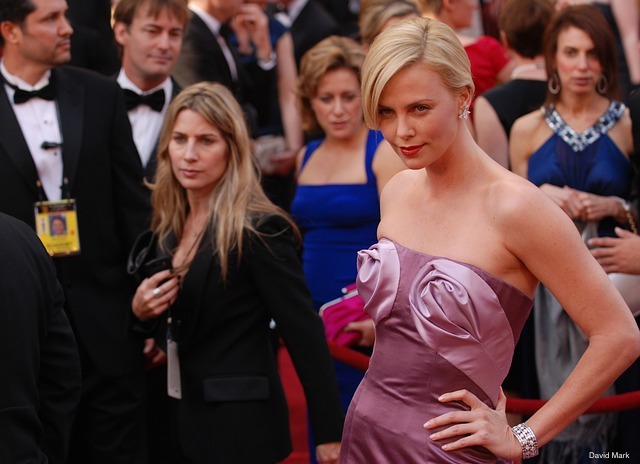 charlize-theron ster